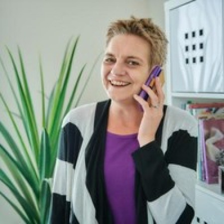 Rachael Chiverton - Helping busy people get back control of their time, finances and health.